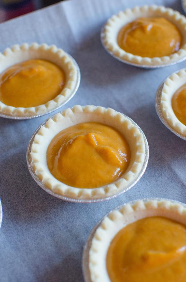 pumpkin-caramel-pecan-tarts04